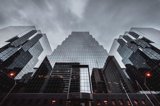 10 крупнейших мировых компаний по управлению инвестициями (2021)