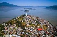 10 самых красивых озер Северной Америки
