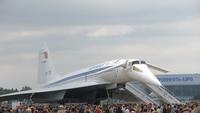 Ту-144 — первый в мире советский сверхзвуковой авиалайнер
