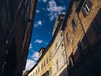 Сиена — итальянский город контрастов