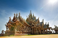 Храм Истины в городе Паттайя, Тайланд