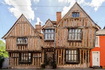 Дом детства Гарри Поттера в Англии теперь на Airbnb