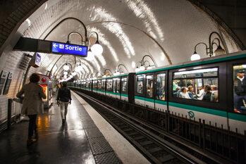 Как пользоваться метро Парижа