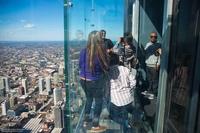 The Ledge: стеклянная смотровая площадка на 103 этаже Уиллис-Тауэр