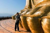 15 высочайших статуй из 15 стран мира