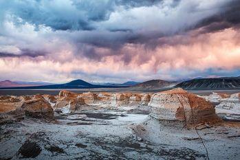 Поля пемзы в Пуна (La Puna — экорегион) в Аргентине