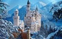 10 самых удивительных замков и дворцов
