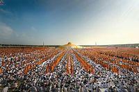 Дхаммакая: быстрорастущая секта Таиланда