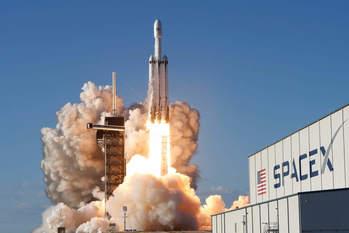 SpaceX: невероятная история успеха космической компании