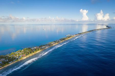 Государство Тувалу — крошечные острова, площадью 26 км² и шириной десятки метров!