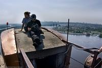 Прогуляемся на Московскому мосту по вантам